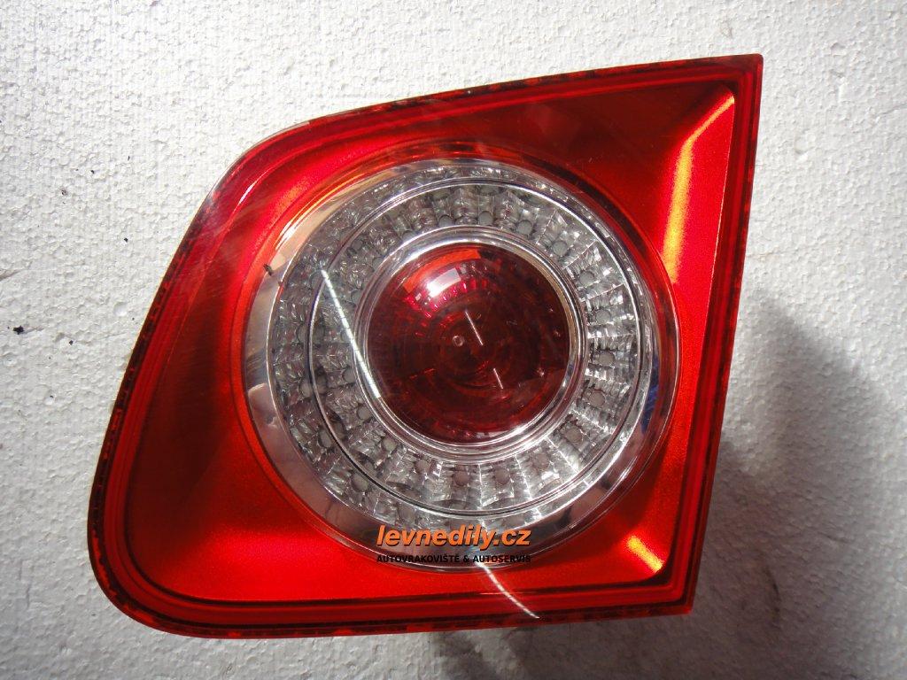 Pravé zadní světlo VW Jetta 1K5945094 vnitřní