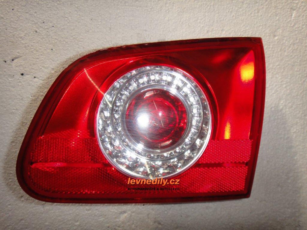 Pravé zadní světlo VW Passat 3C9945094A vnitřní