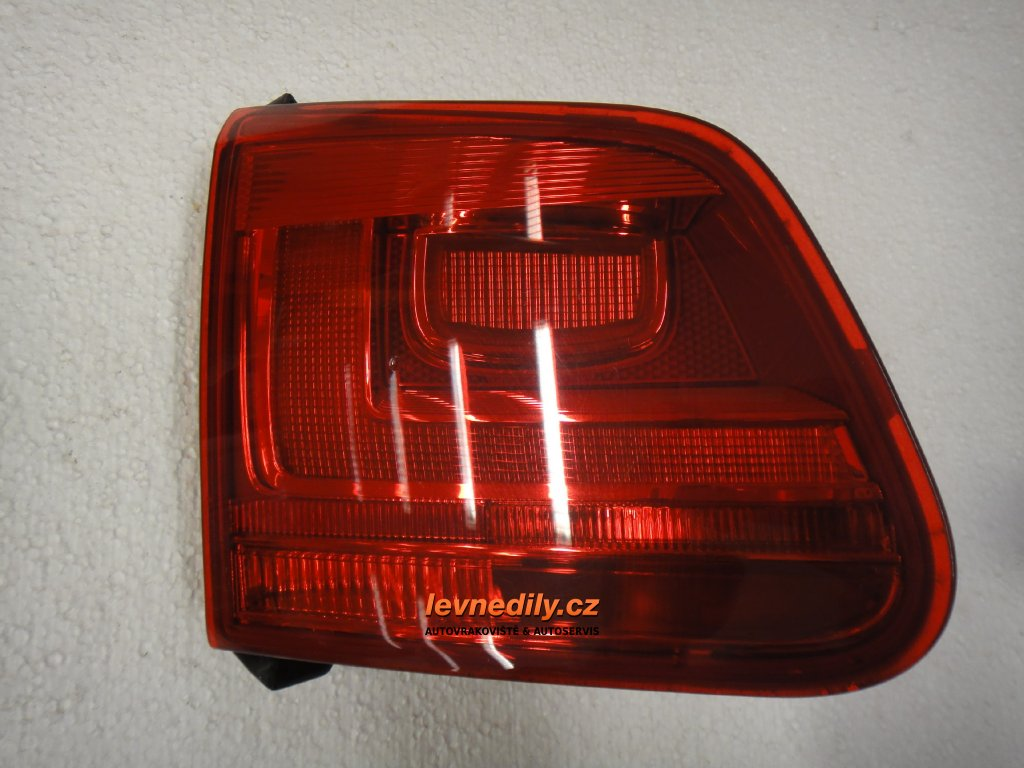 Levé zadní LZ světlo VW Tiguan vnitřní 5N0945093G