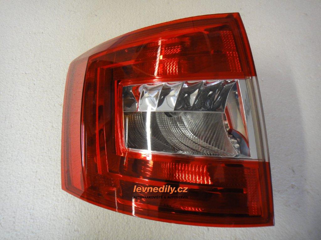 Levé zadní LZ světlo 5E9945095 Škoda Octavia III