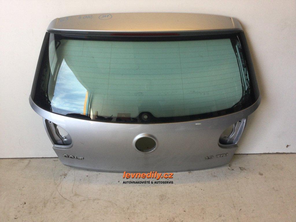 Páté 5. dveře VW Golf V se sklem