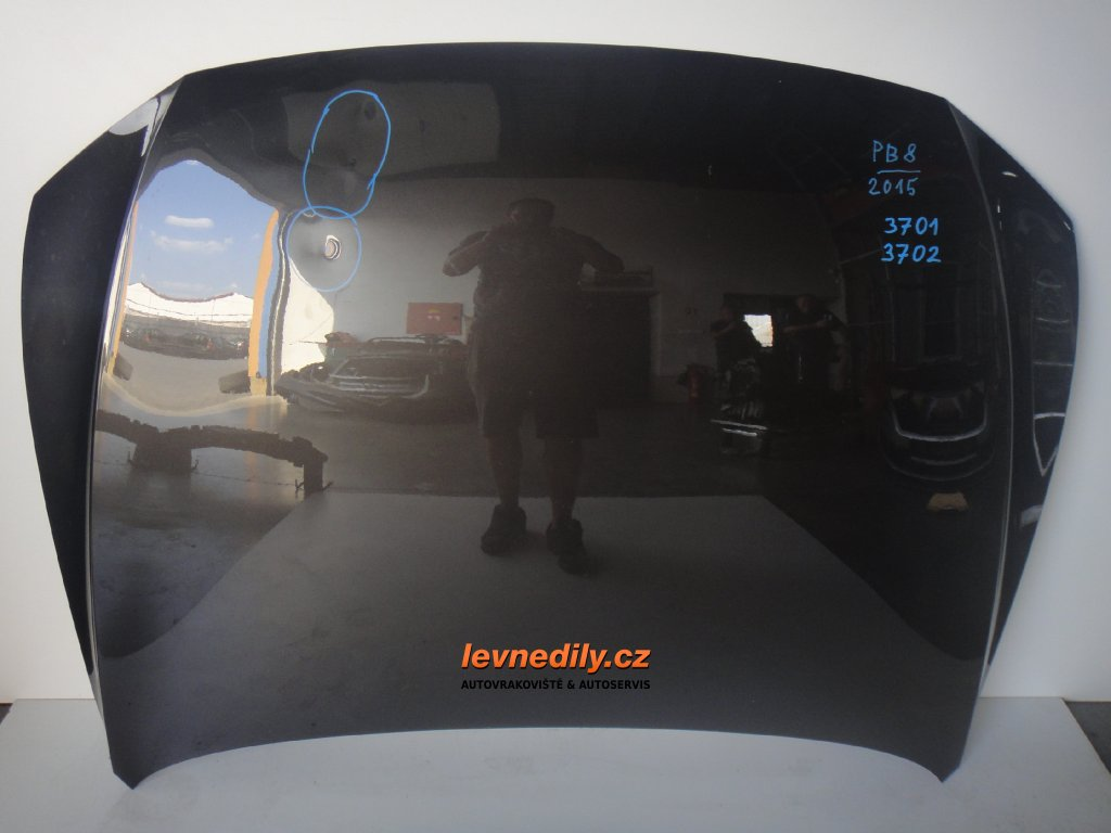 Přední kapota VW Passat 3G B8 2015