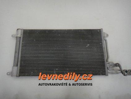 6R0820411Q Chladič kondenzátor klimatizace VW Škoda