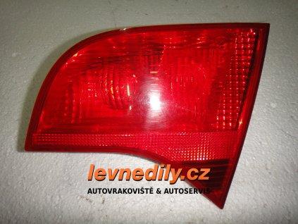 Pravé zadní světlo Audi A4 8E9945094 vnitřní