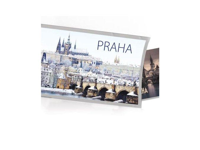 Pohled s dárkem Praha zima