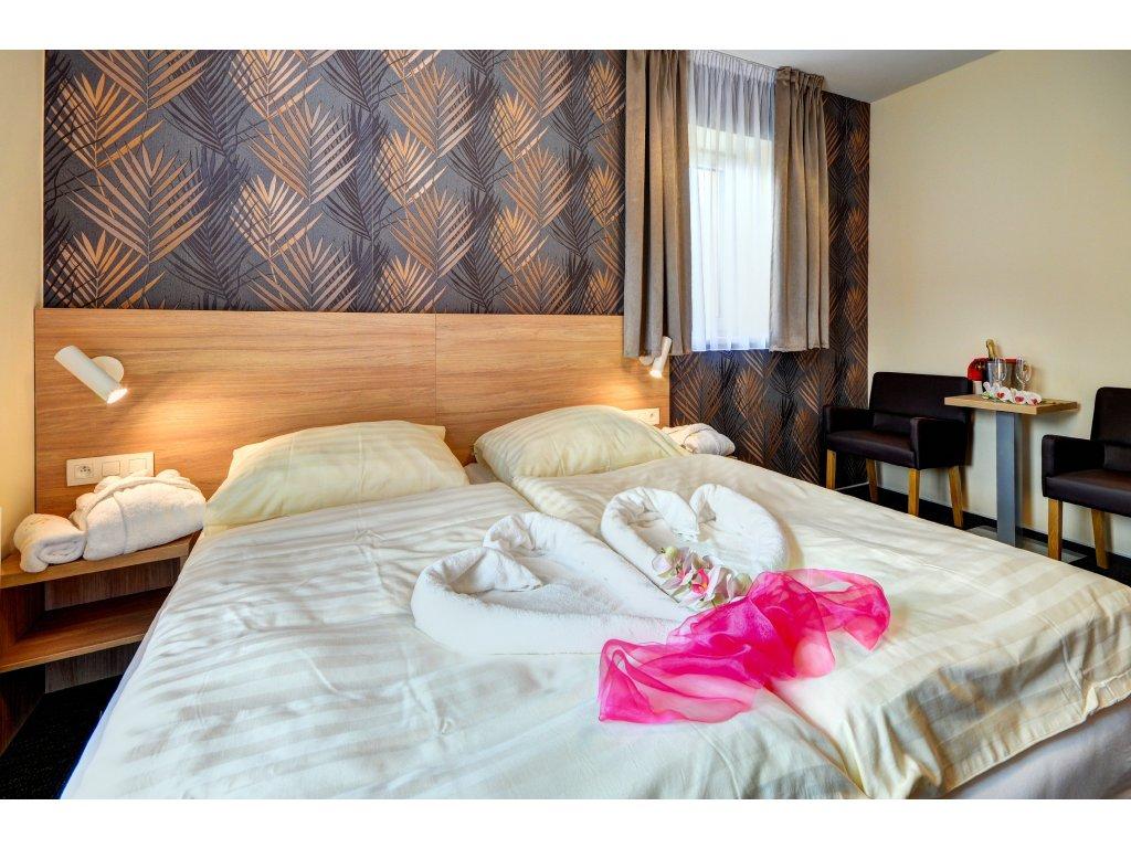 ROMANTICKÝ POBYT PRO DVA / hotel Helios
