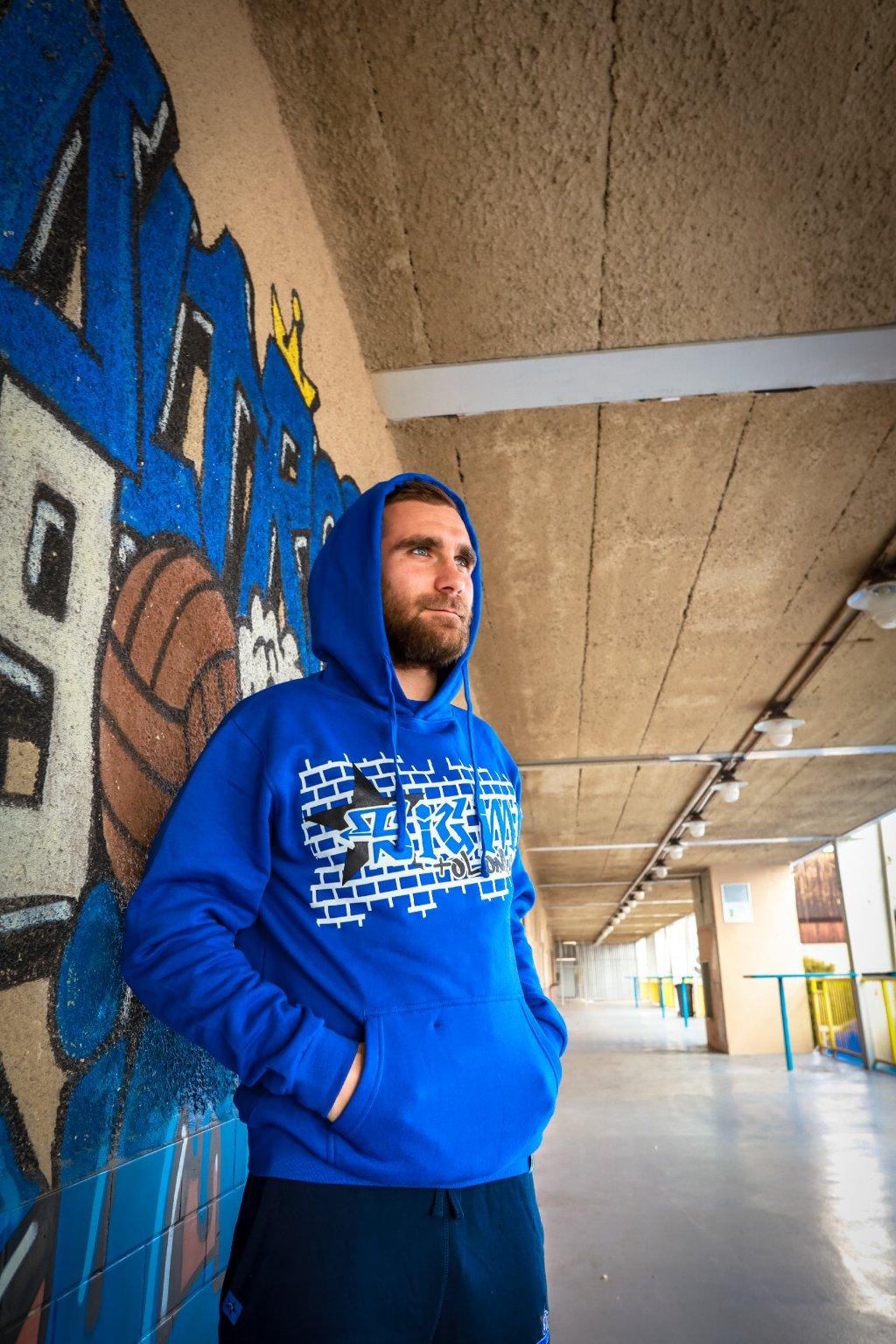 Graffitti 2020 (mikina s kapucí )