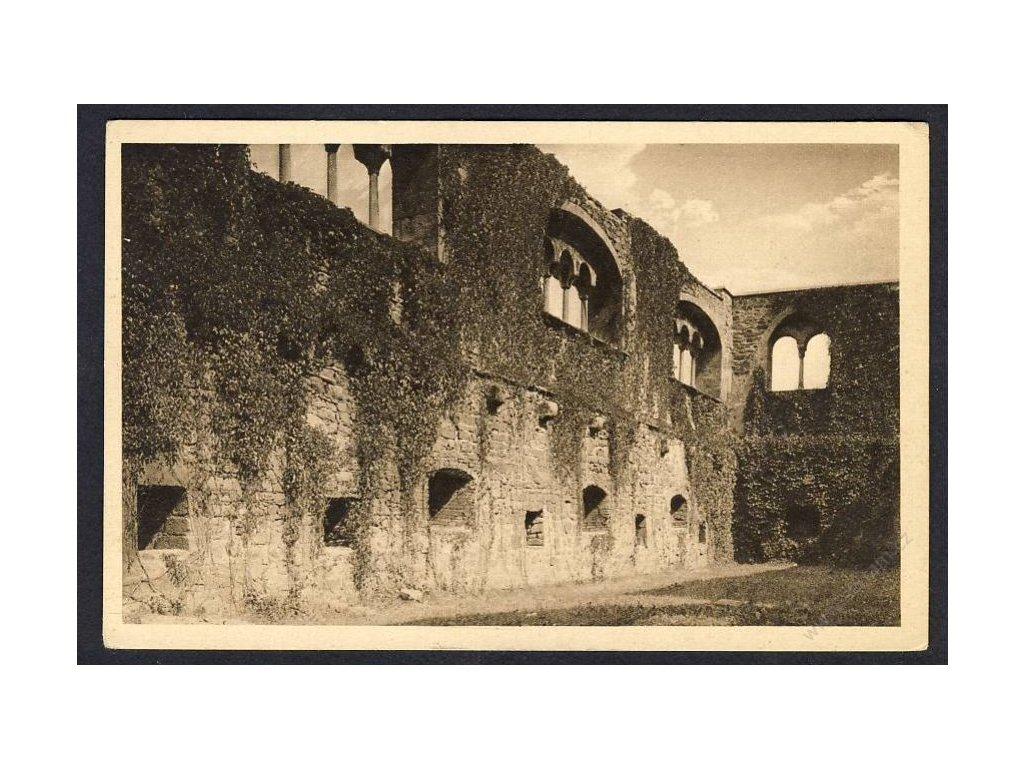 08 - Cheb, (Eger), taneční sál hradu Kaiserburg (zřícenina), cca 1935