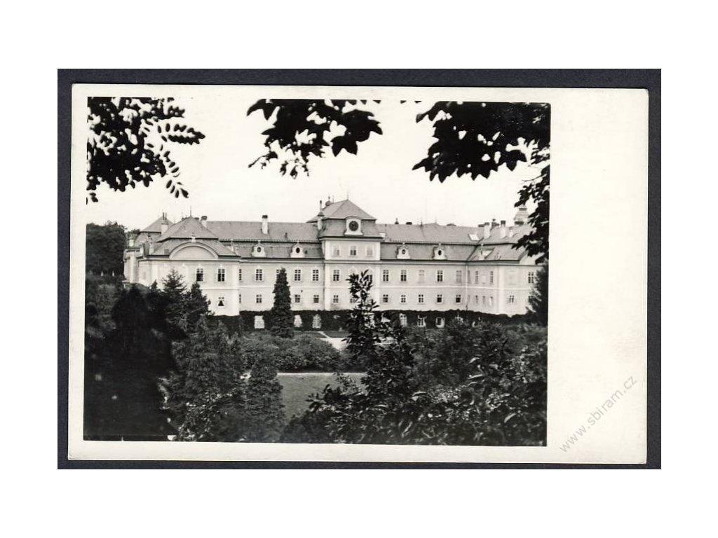 54 - Příbramsko, zámek Dobříš, grafo Čuda, nakl. Hausekr, cca 1935