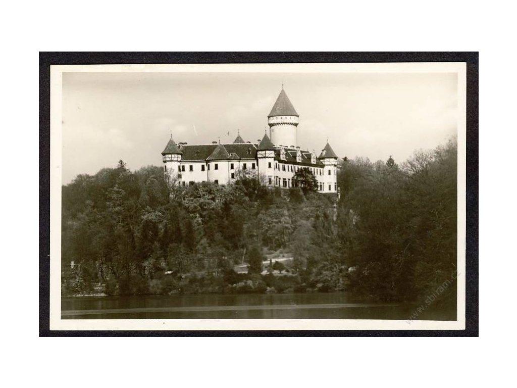 01 - Benešovsko, zámek Konopiště, grafo Čuda, cca 1940