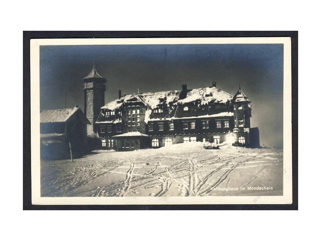 25 - Karlovarsko, Klínovec, hotel za měsíčku, cca 1935