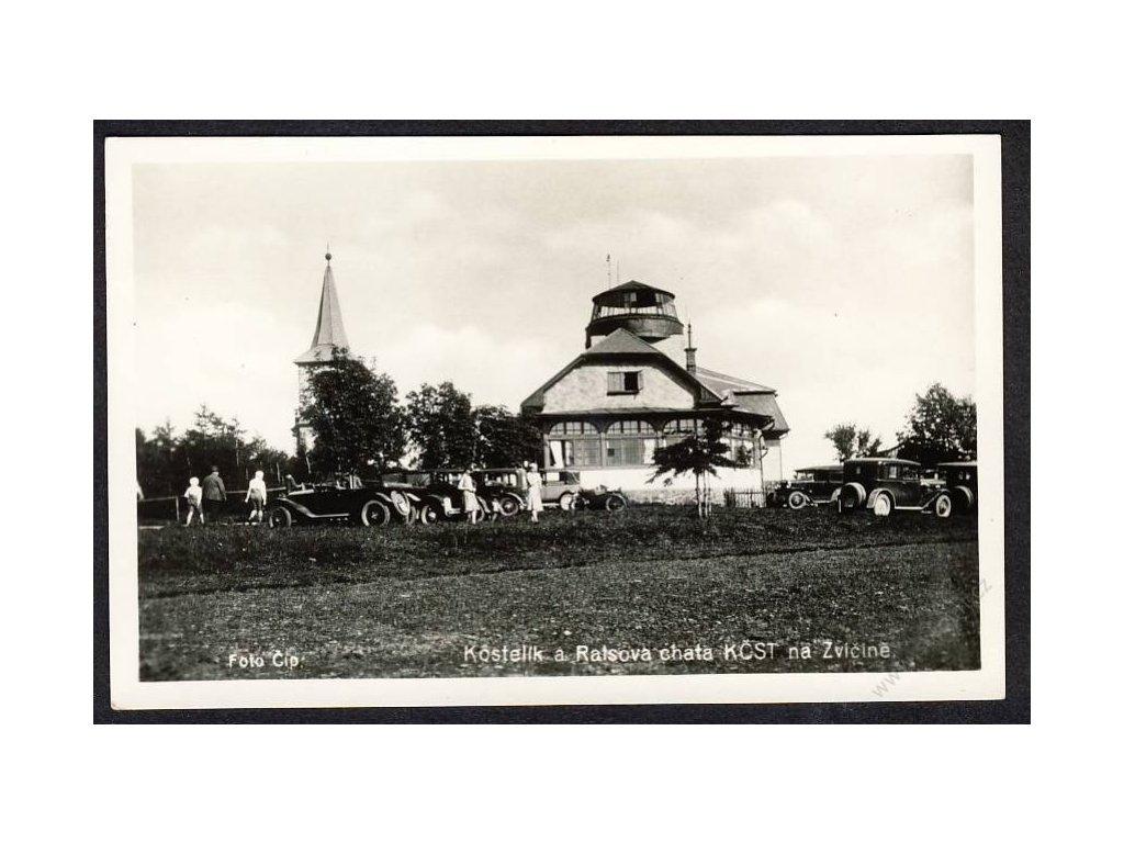66 - Trutnovsko, Krkonoše, Zvičina, kostelík a Ratsova chata, grafo Čuda, cca 1930