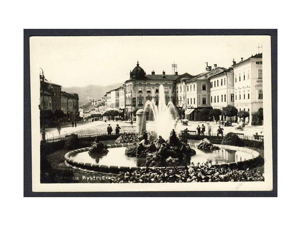 Slovensko, Banská Bytrica, fontána, cca 1930