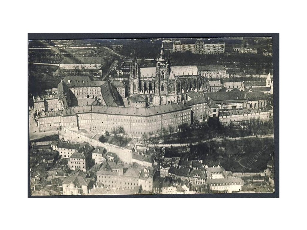 49 - Praha, Hradčany, pohledy z letadla, nakl. Klub čsl. turistů v Praze, cca 1922