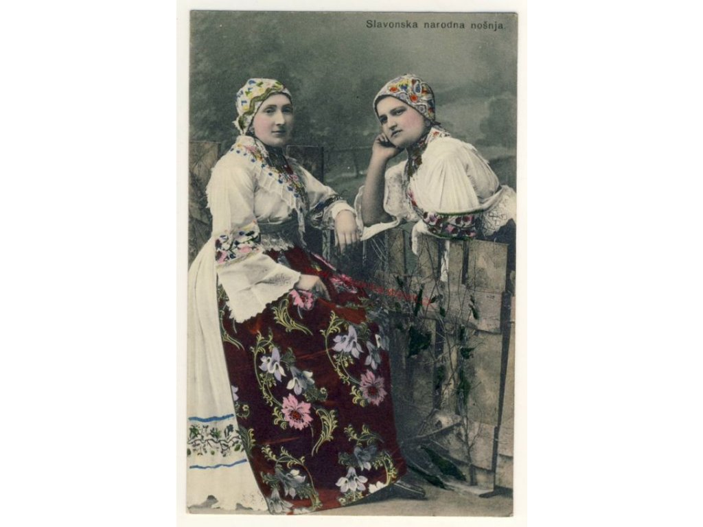 Slavonie, Vinkovci, lidové kroje, cca 1914