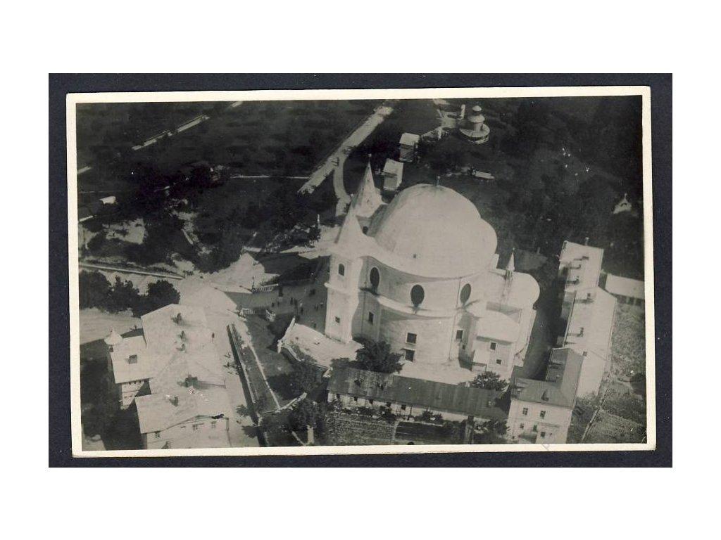 30 - Kroměřížsko, Hostýn, kostel panny Marie, z letadla, nakl. Klub čsl. turistů, cca 1922