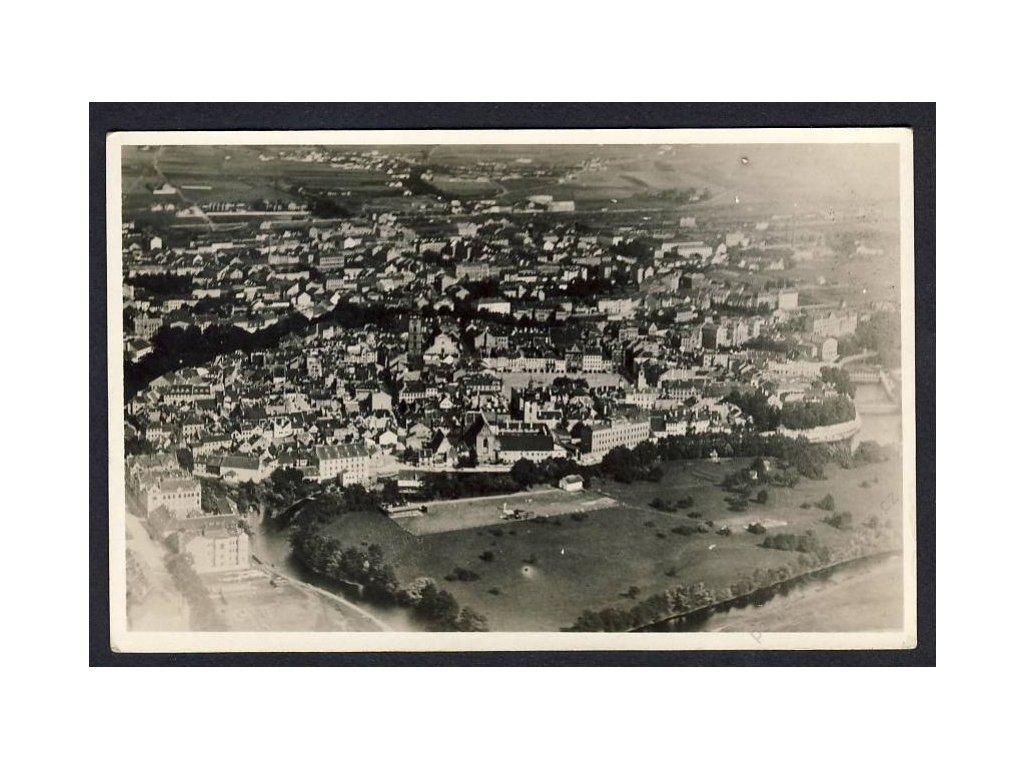 12 - České Budějovice, celkový pohled z letadla, nakl. Klub čsl. turistů v Praze, cca 1922
