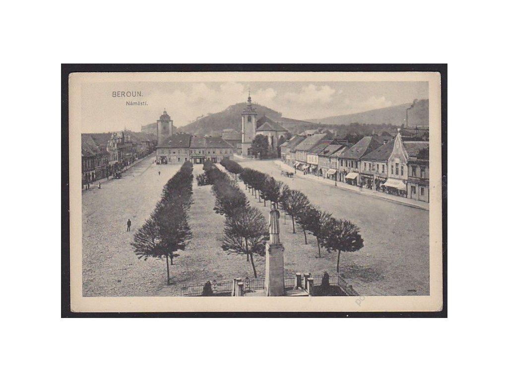 02 - Beroun, náměstí, nakl. Révész, cca 1920
