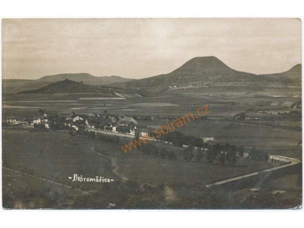 34 - Lounsko, Dobroměřice, celkový pohled, cca 1925