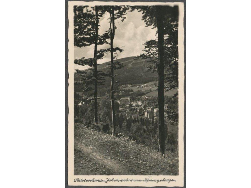 66 - Trutnovsko, Janské Lázně (Johannisbad), pohled od lesa, cca 1940