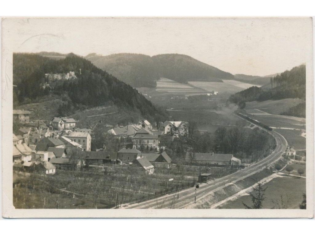 70 - Orlickoústecko, Brandýs nad Orlicí, celkový pohled, cca 1938