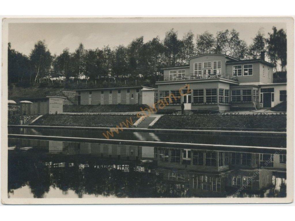 31 - Kutnohorsko, Čáslav, městská plovárna, cca 1936