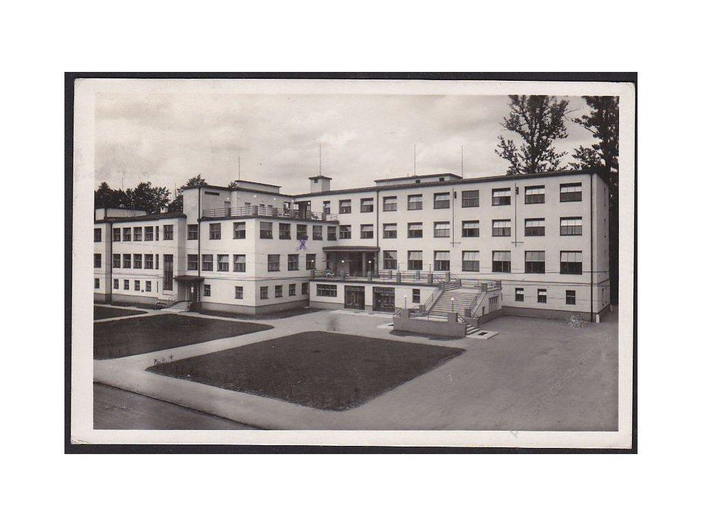 26 - Karvinsko, Sanatorium Darkov, Primář Dr. J. Beler, grafo Čuda, cca 1937