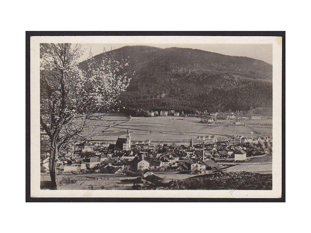 48 - Prachatice na Šumavě, celkový pohled, nakl. Sl. Mach knihkupectví, cca 1930
