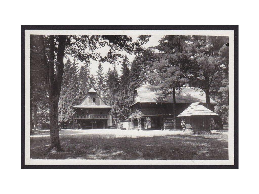 71 - Vsetínsko, lázně Rožnov p. R., Valašské muzeum, grafo Čuda, nakl. Hambálka, cca 1930