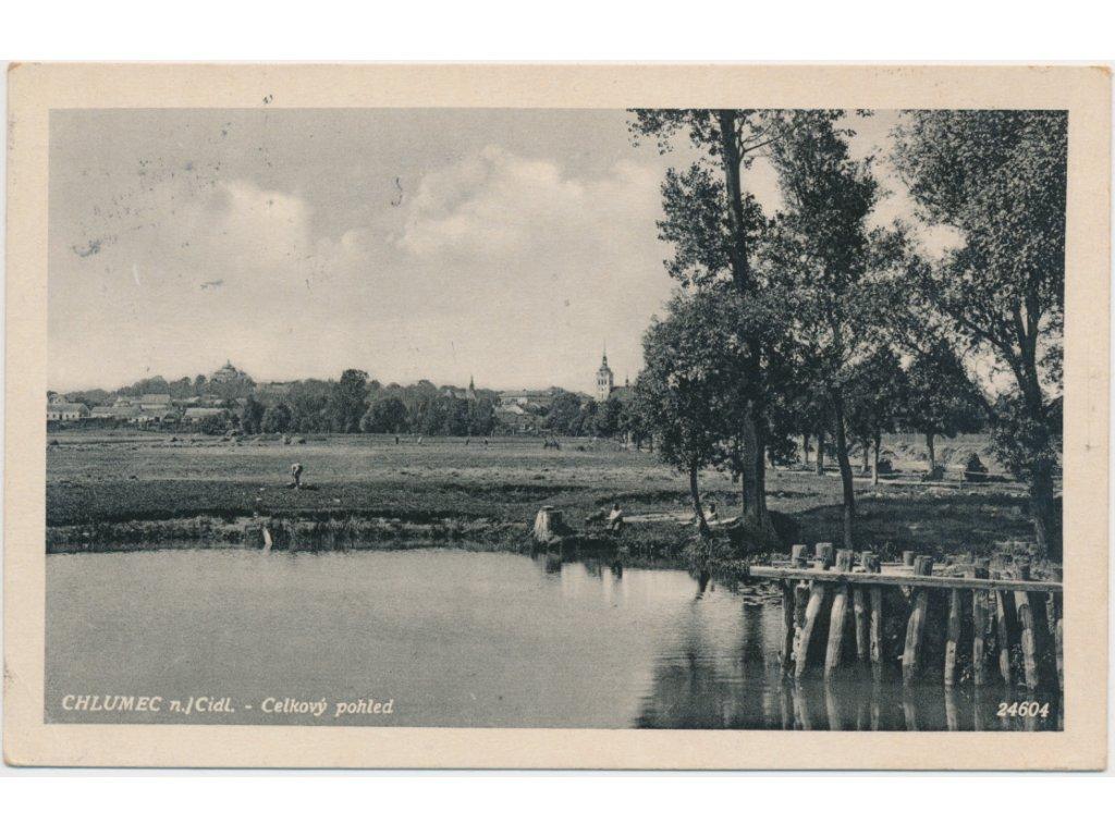 19 - Královéhradecko, Chlumec nad Cidlinou, pohled a město od rybníka, 1944