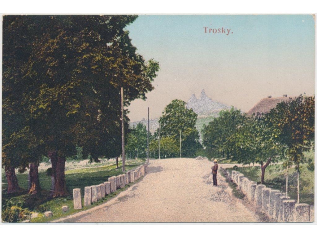 58 - Semilsko, Trosky, oživená partie z parku s výhledem na hrad, 1909