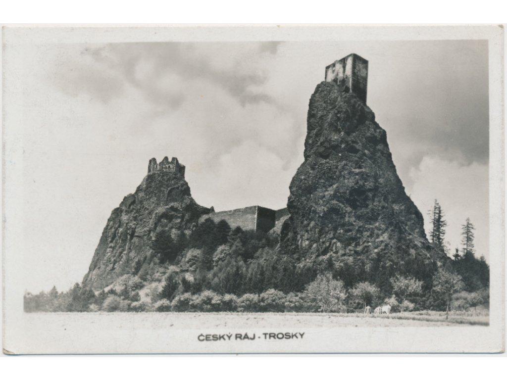 58 - Semilsko, Trosky, partie před hradem, cca 1940