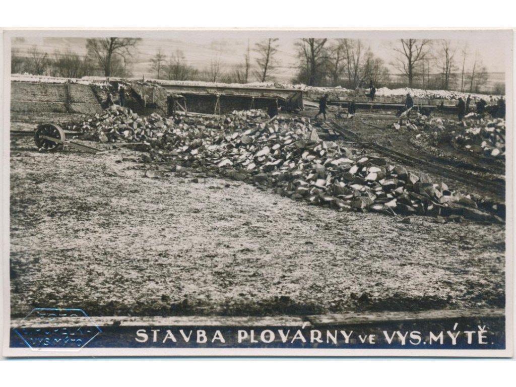 70 - Orlickoústecko, Vysoké Mýto, oživ. partie ze stavby plovárny,1932