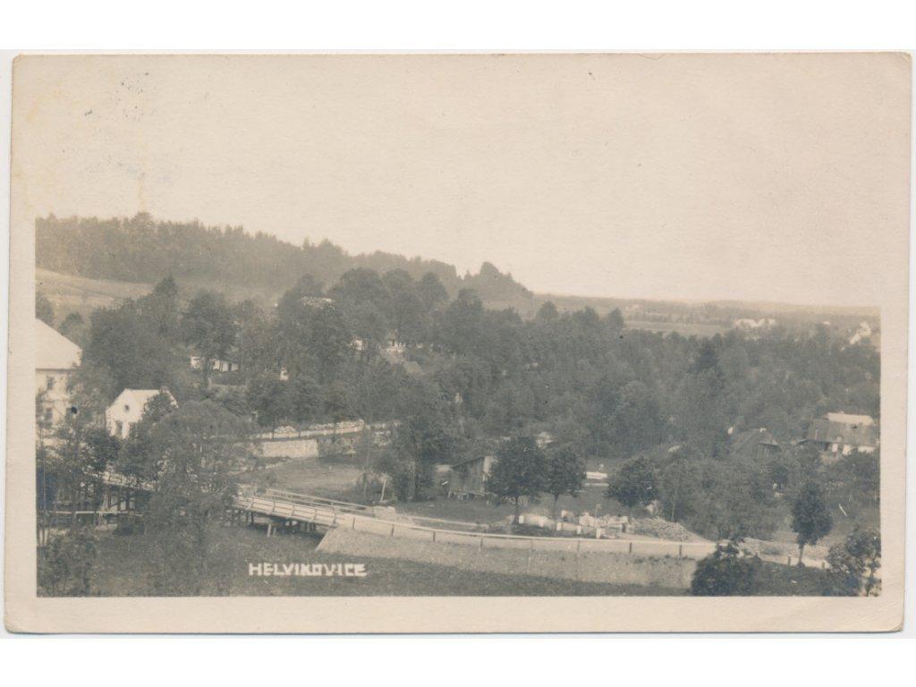 70 - Orlickoústecko, Helvíkovice, pohled na obec, cca 1929