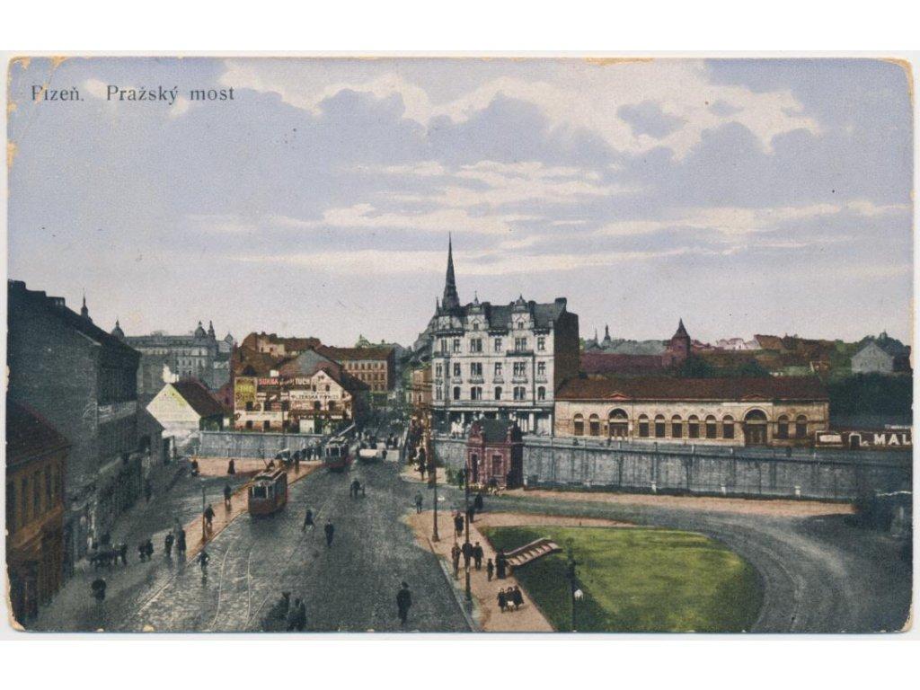 47 - Plzeň, oživený Pražský most, tramvaje..., cca 1914