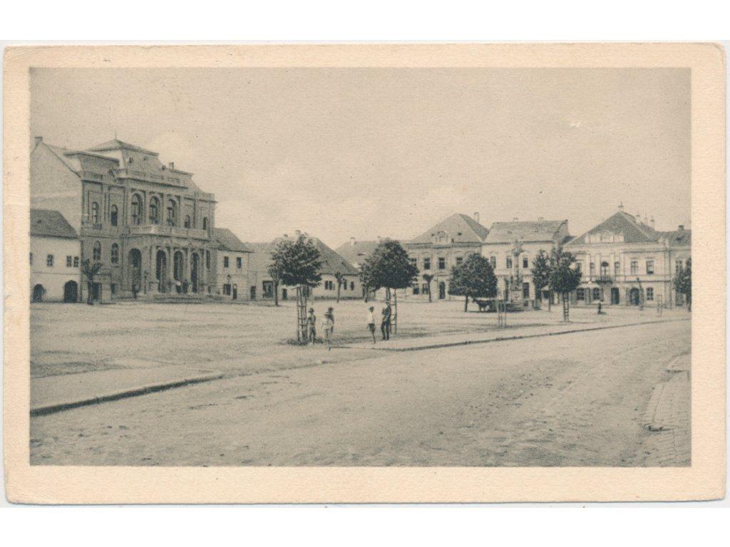 Slovensko, Krupina, oživená partie z Hlavního náměstí, cca 1925