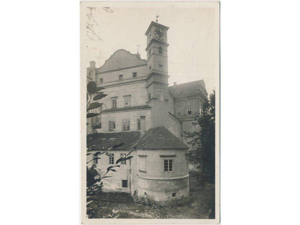 44 - Pardubice, Zámek, nákl. O. Doležal, Grafo Čuda, cca 1940