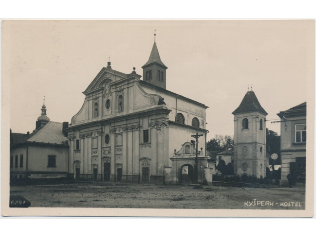 70 - Orlickoústecko, Kyšperk - Letohrad, partie před kostelem, cca 1930