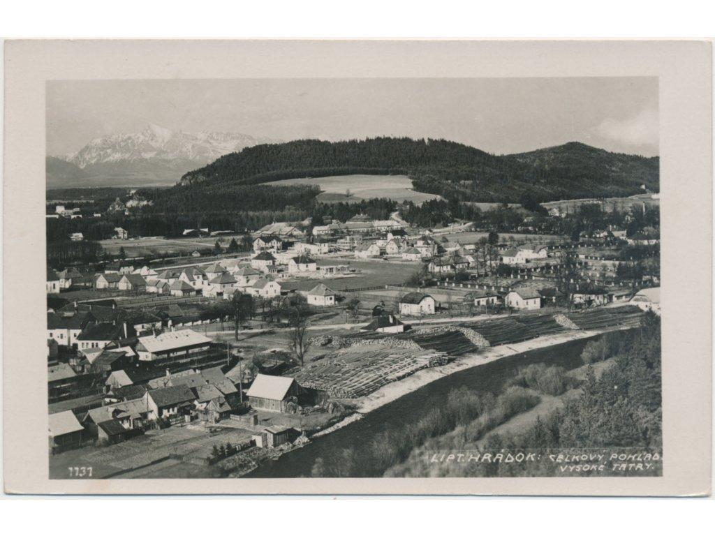 Slovensko, Liptovský Hrádok, celkový pohled na město, cca 1945