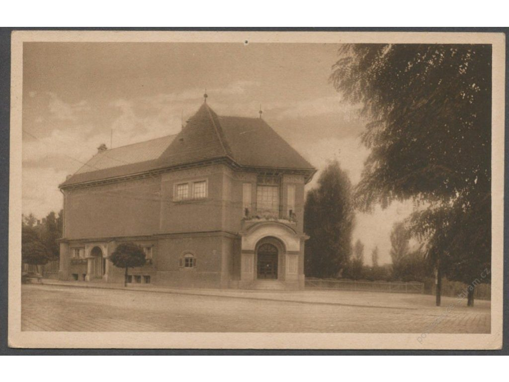 18 - Hodonín, Umělecký dům, nakl. Weinberger, cca 1922