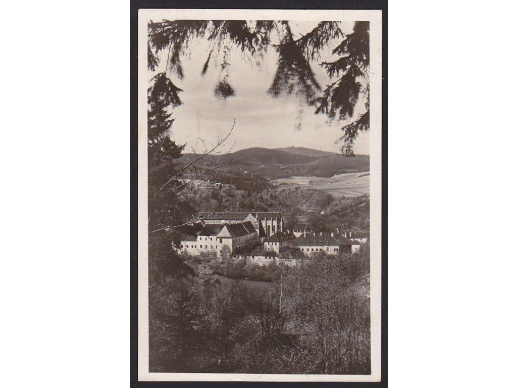 13 - Českokrumlovsko, Šumava, Zlatá Koruna, historický klášter, nakl. Kohout, cca 1940