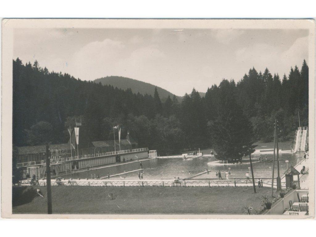 Slovensko, Vyšné Ružbachy, oživená partie z koupaliště, cca 1936