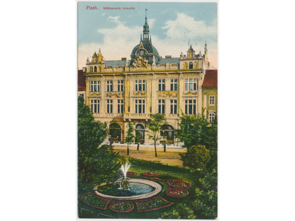 47 - Plzeň, partie před Měšťanskou besedou, park..., cca 1916