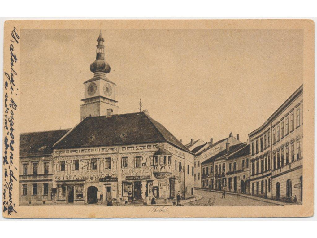 67 - Třebíč, oživené náměstí, městská věž..., cca 1922