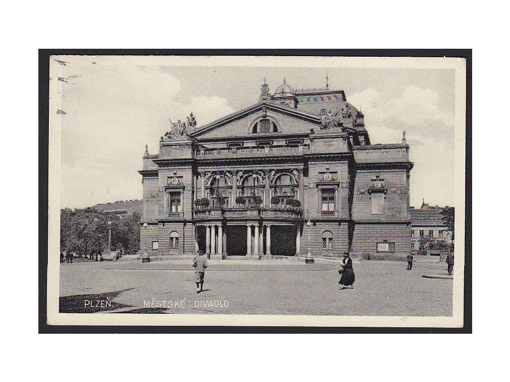 47 - Plzeň, městské divadlo, cca 1935