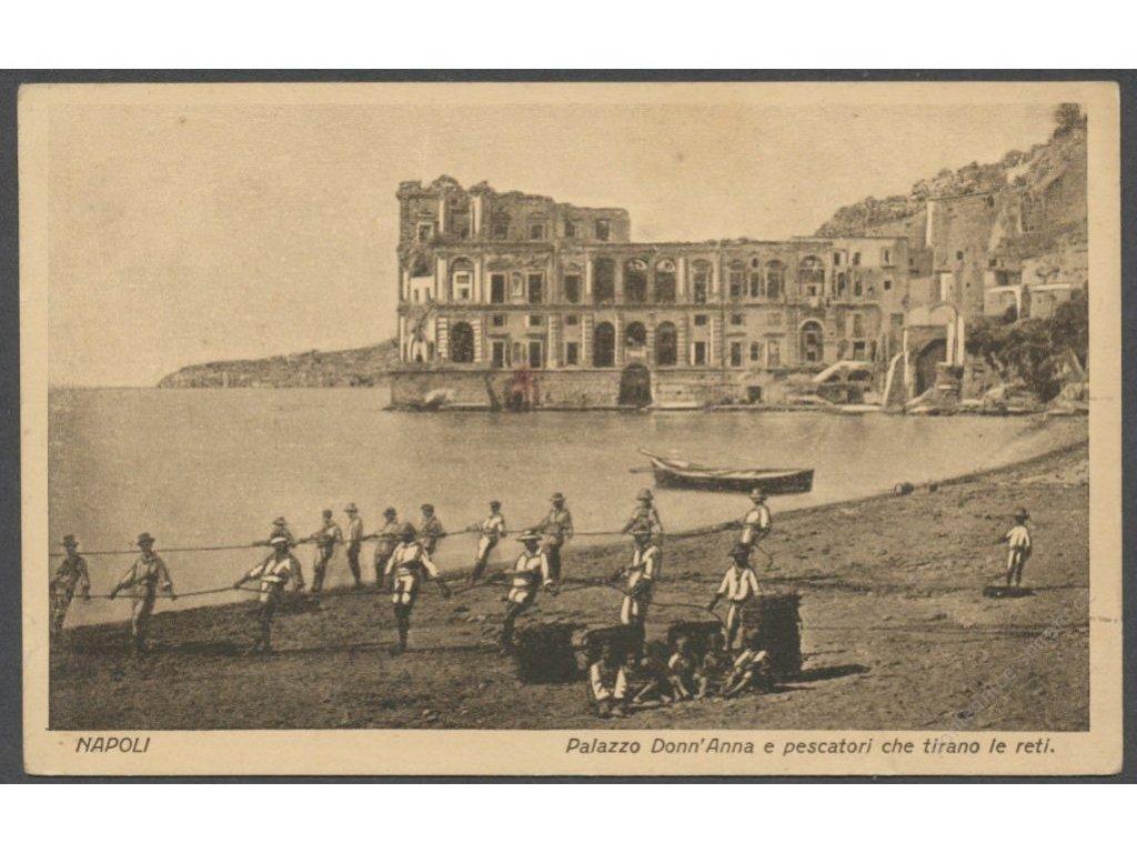 Italy, Campania, Naples, DonnAnna palace and fishermen, publ. Carcavallo, cca 1925