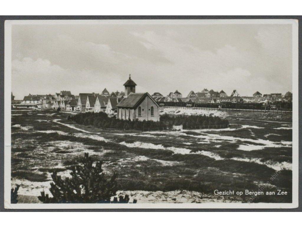 Netherlands, Dutch, Bergen aan Zee, church and houses, publ. Haan, cca 1925