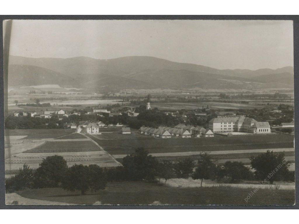 Slovensko, Nové Mesto nad Váhom, celkový pohled, nakl. Trnovský, cca 1930