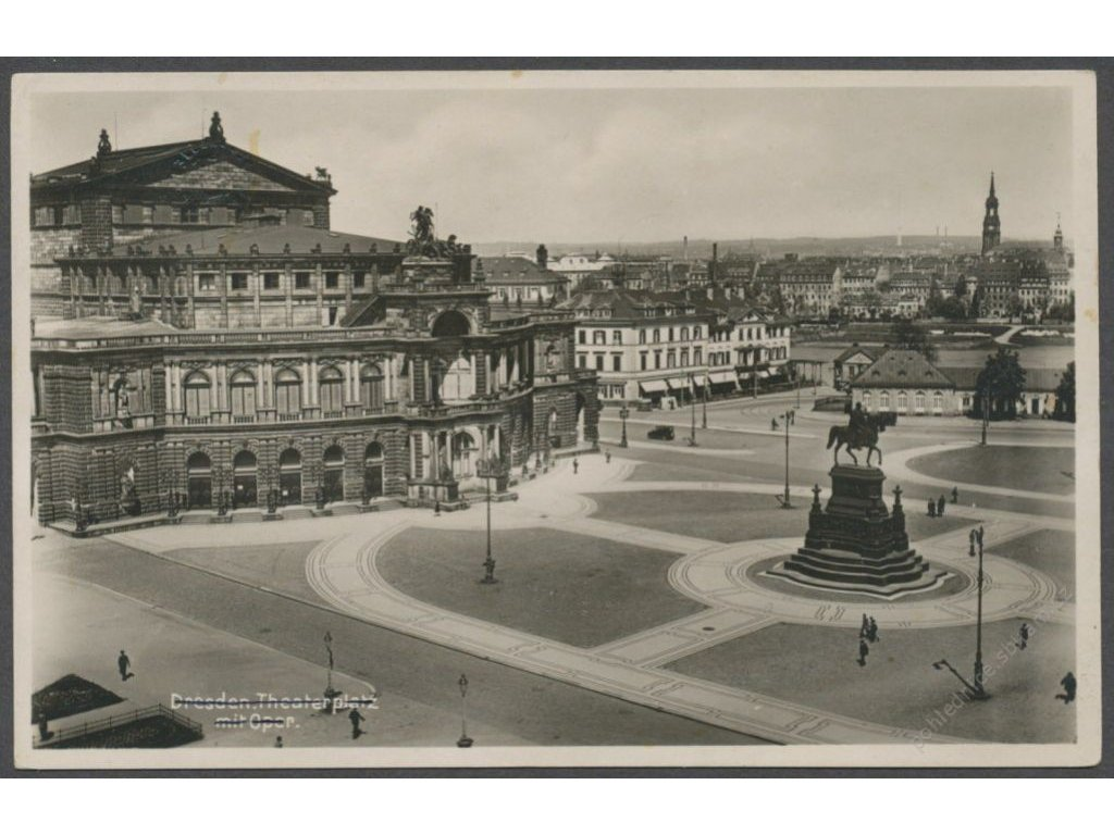 Germany, Dresden, theatre square with Opera house, publ. Bettenhausen, cca 1935