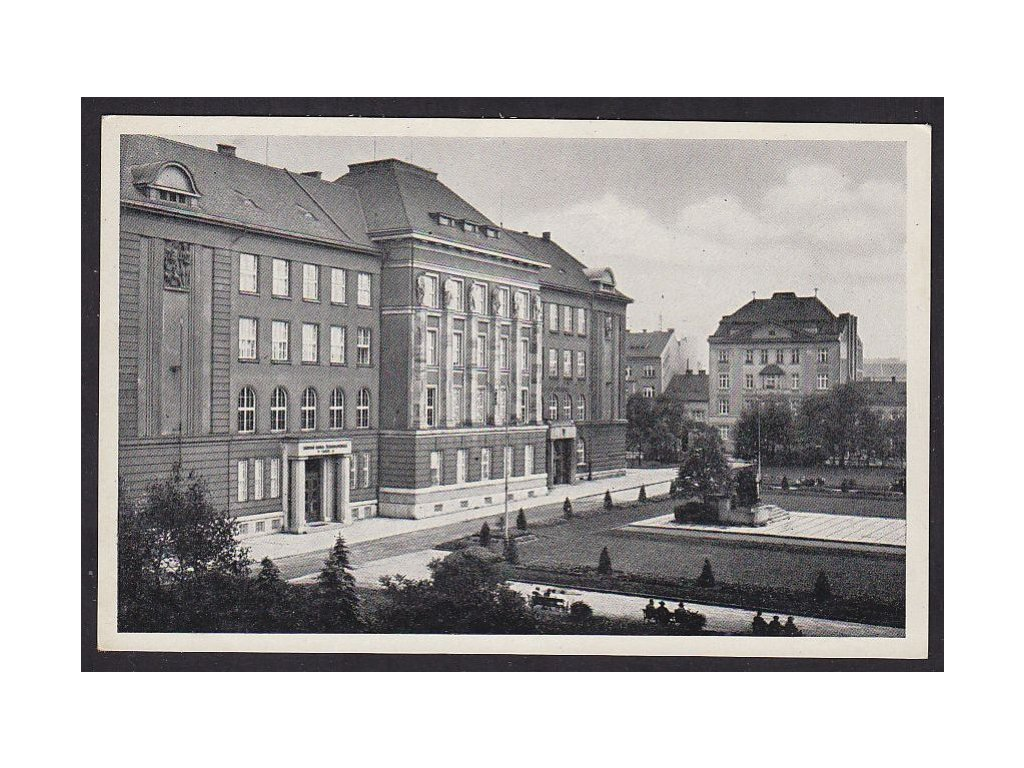 47- Plzeň, obchodní akademie, ca 1925